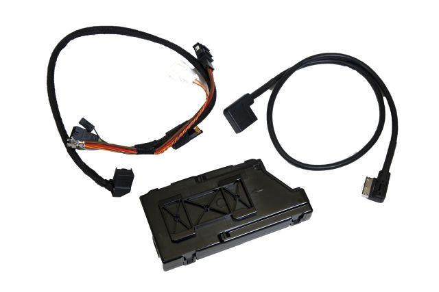 Diagram Media Digital Interface (MDI) Retrofit Kit (5N0057342B) for your 1996 Volkswagen Golf