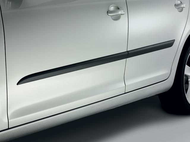 Volkswagen Sportwagen Body Side Molding 4 Door Only