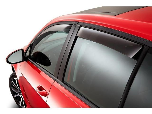 Diagram Side Window Deflector Kit - 4dr - Smoked (NPN072007) for your Volkswagen e-Golf